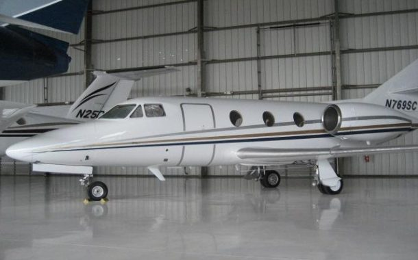Pilot Who Operated Private Jets With Passengers Without License Sentenced to 10 Months