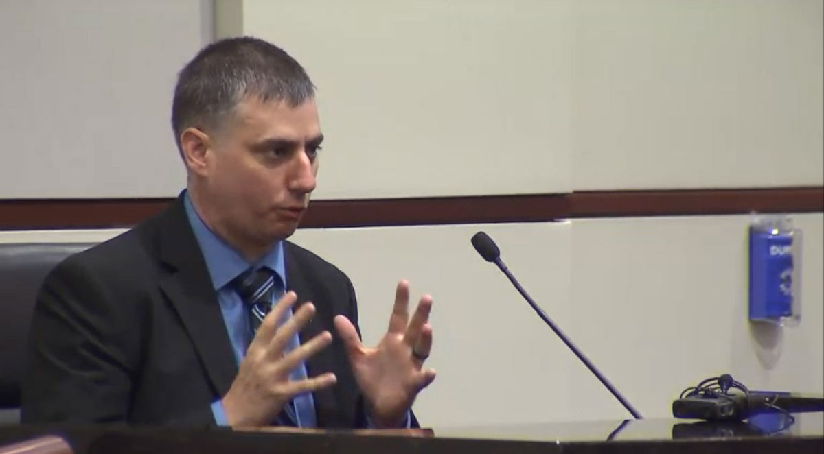 Officer guilty; jury recommends 2½ years for voluntary manslaughter for Fatal Shooting