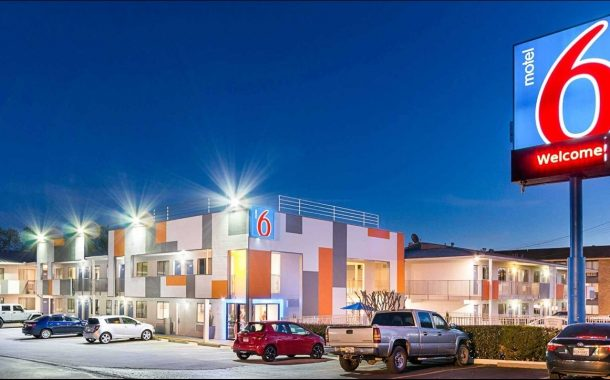 Motel 6 Sued for Sharing Info of 9,000 Guests with Immigration Agents