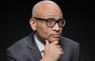 "Larry Wilmore Tears Into FOX's Phony ""War"" on Cops"