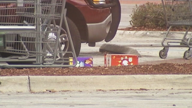 Witness opens fire, kills Walmart shoplifting suspect, Orange County deputies say