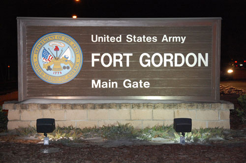 Army Colonel, Wife Indicted In $20 Million Bribery Scheme on Military Base